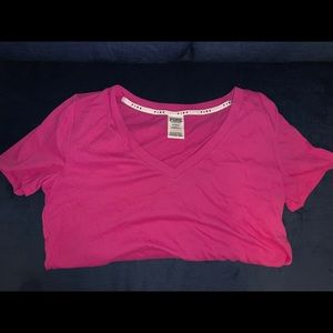 Brand new vs/pink everyday tee